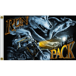 "Флаг ""RUN WITH THE PACK"""