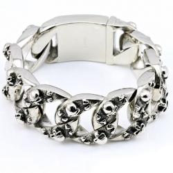 Массивный стальной браслет с черепами