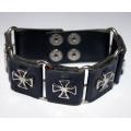 Кожаный браслет с крестами