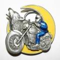 """Пряжка """"Мотоцикл, волк и луна"""""""