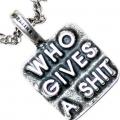 """Серебряная подвеска """"Who gives a shit""""(всем пох..й)"""