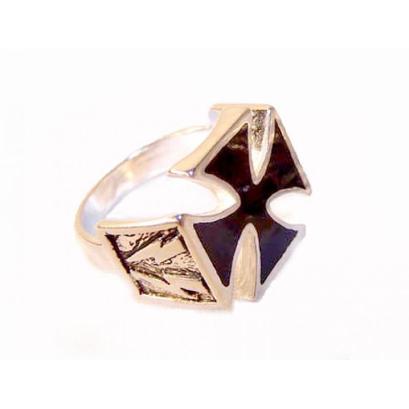 Серебряный мужской перстень. Мужские серебряные браслеты