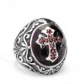 Массивный перстень с крестом