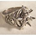 Массивный байкерский перстень с шипами