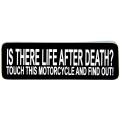 """Виниловый стикер на шлем/мотоцикл """"Есть ли жизнь после смерти? Возьми этот мотоцикл и проверь"""""""
